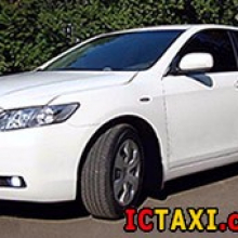 Taxi_Zaporojie_Toyota-Camry